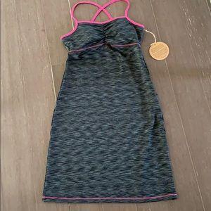 NWT Dakini dress S shelf bra w/ removable pads